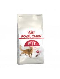 Сухой корм Royal Canin Fit для кошек  бывающих на улице